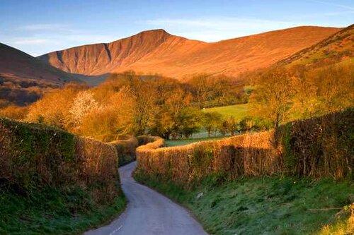 Brecon-Beacons-National-Park-c7a8b94.jpg