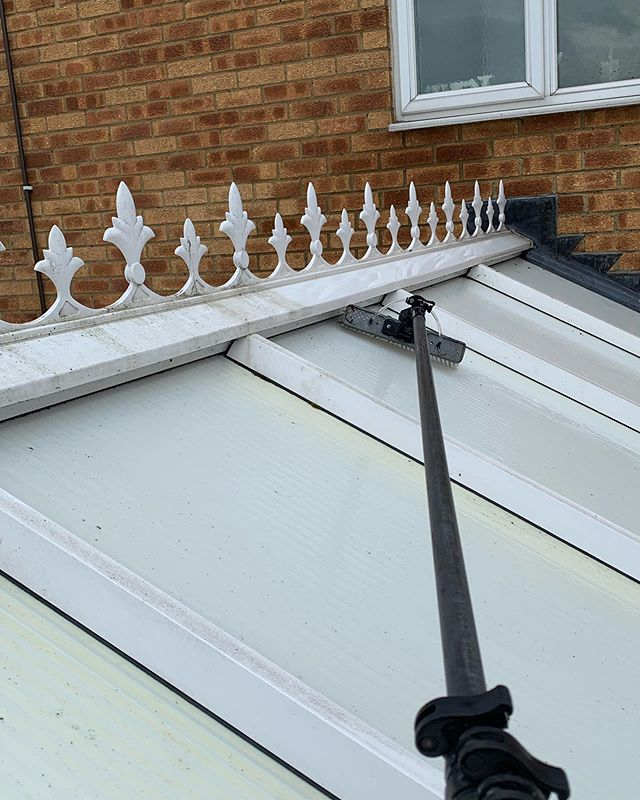 What a big difference having your conservatory cleaned can make. Getting your conservatory cleaned can make a huge difference in letting light in. Just in time for a hopefully long hot summer. #windowcleaning #maccleaning #luton #bushmead #bramingham #conservatoryroofcleaning