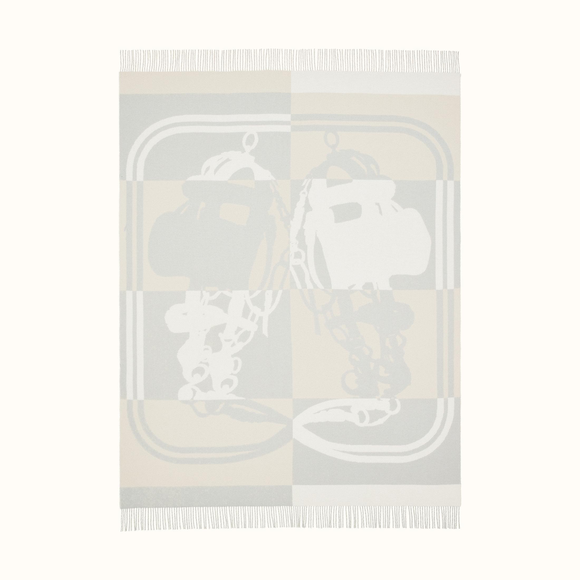 brides-de-gala-blanket--103255M 01-front-1-300-0-2200-2200_b.jpg