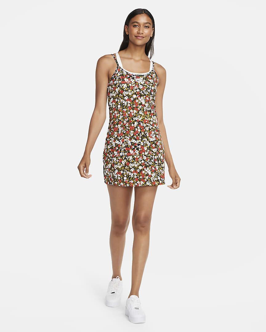 sportswear-womens-dress-CGknsc.jpg