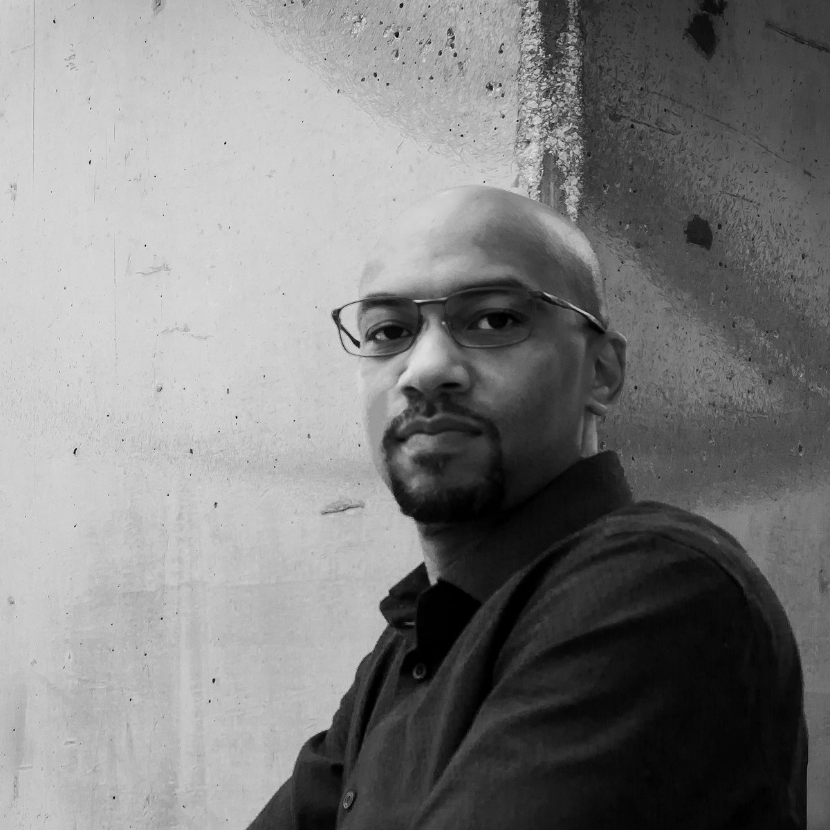 <b>Daziano Smith</b>#Creative Director#dsmith@radyca.com