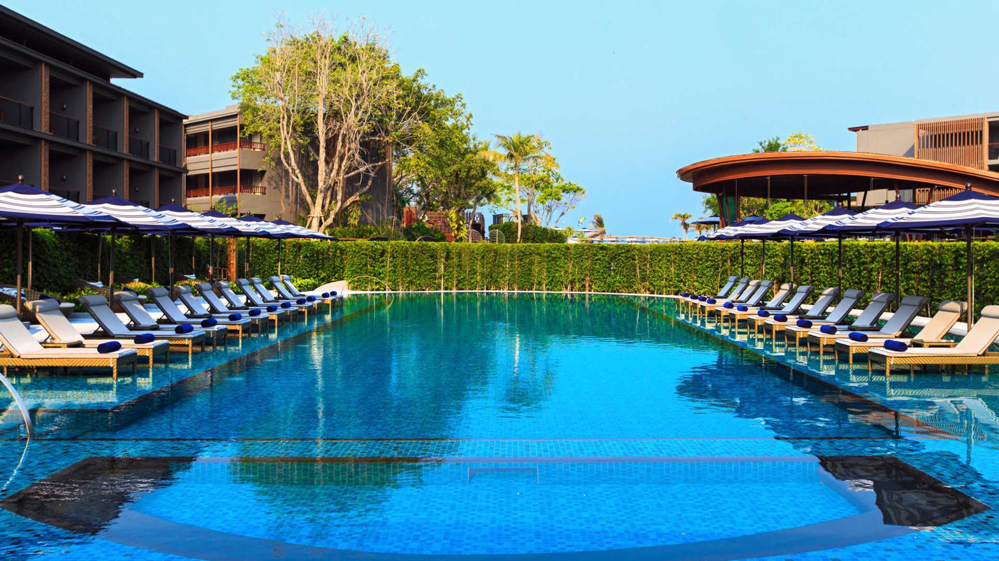 marriott-resort-and-spa-2.jpg