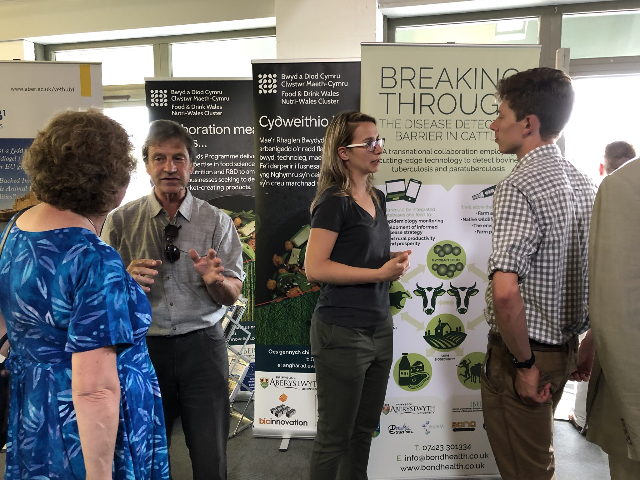 Discussing the technology of the TB test during the launch event at the Royal Welsh Agricultural Show 2018