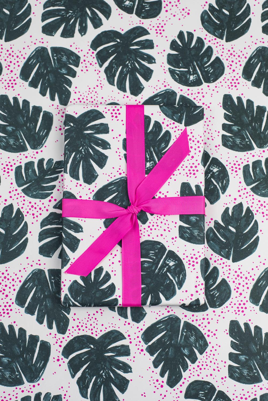 Leaf-Gift-Wrap.jpg