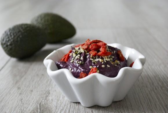 Blueberry Avocado Yoghurt (raw, dairy free)
