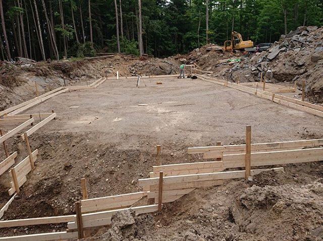 Footing progress at one of our Kennebec Shores builds. #tarasickcarpentry #carpentry #infrontenac #kennbeclake #kennebecshores #footings #buildersofig #contractorsofinstagram