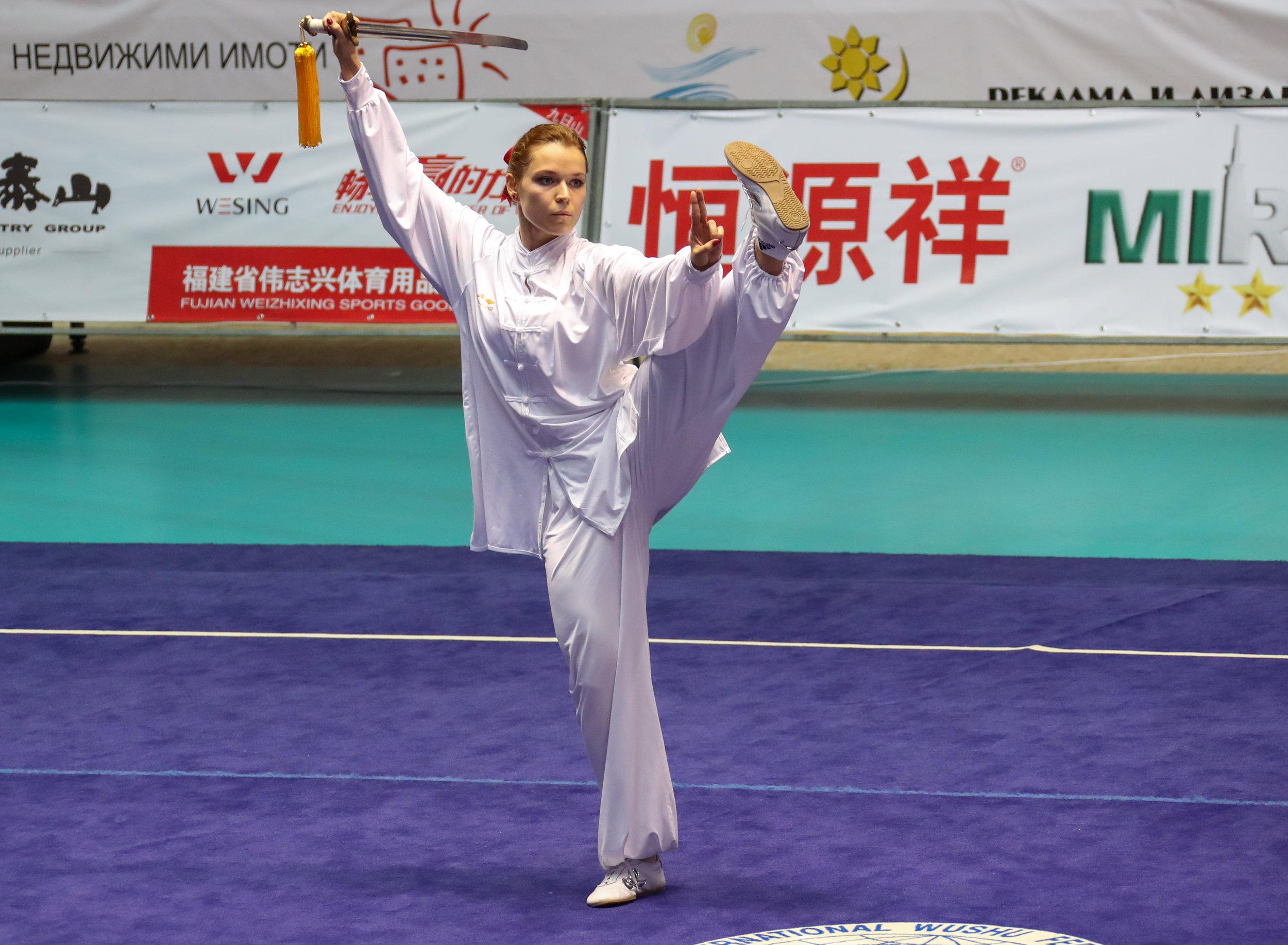 3. Mistrzostwa Świata Taijiquan, Yang Taijijian (forma standaryzowana).jpg