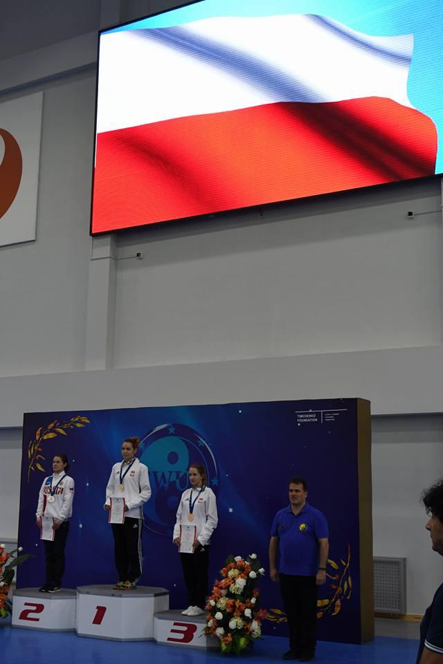 podium zloto.jpg