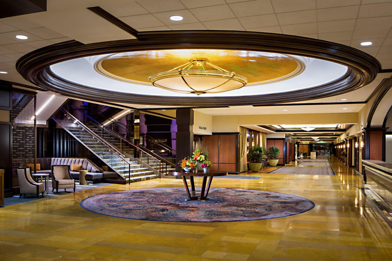 Amway Grand Lobby.jpg