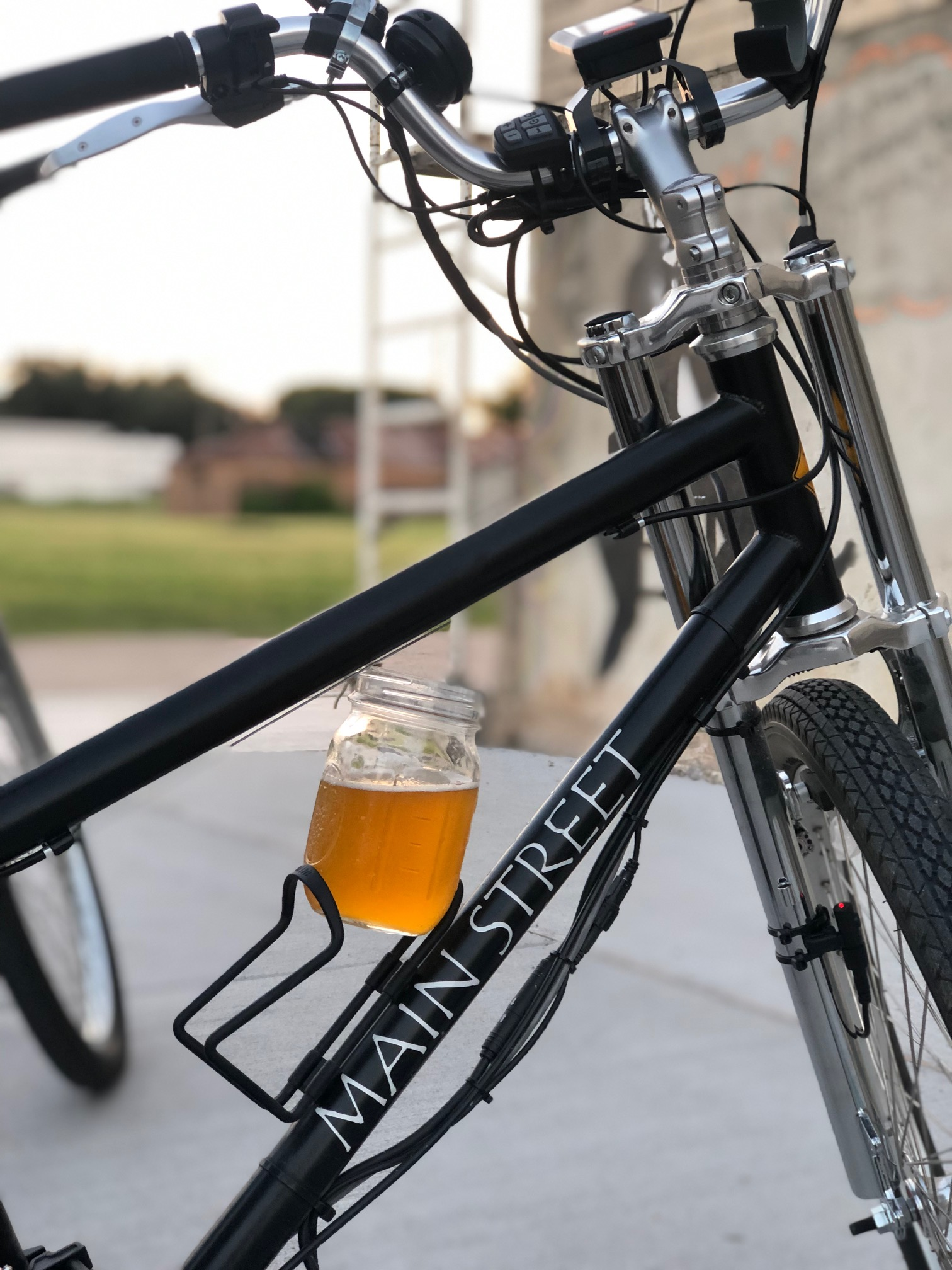 not matter the time of the day, we can always have a great beer in our hands. we can take you our locals places in town - brewery tour