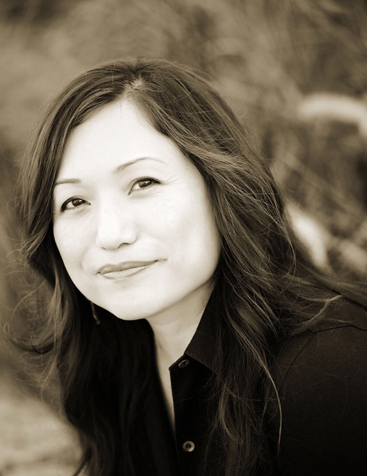 """Claire Jean Kim - Claire Jean Kim is Professor of Political Science and Asian American Studies at University of California, Irvine, where she teaches classes on human-animal studies and comparative race studies. She is the author of Dangerous Crossings: Race, Species, and Nature in a Multicultural Age (2015) and """"Murder and Matter in Harambe's House"""" (2016). She was the co-editor of a special issue of American Quarterly, """"Species/Race/Sex"""" (September 2013), and co-organizer of the Race and Animals Institute at Wesleyan University in 2016. She is currently working on a book on race, animals, and ecological crisis."""