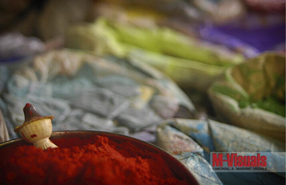 8x12-PowderedDyeMarketIndia.jpg