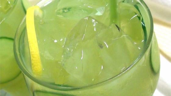 cucumber lemonade.jpg
