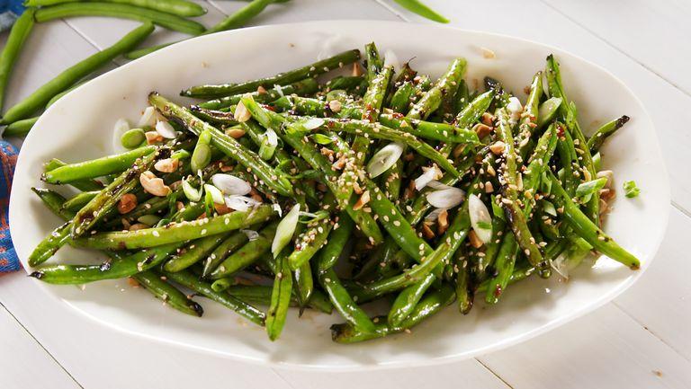 delish-grilled-green-beans-4-1532700374.jpg