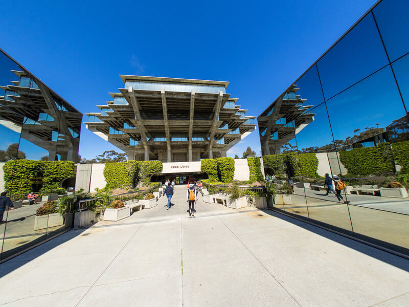 Visiting The School - Stay at our hotel near the University of California San Diego and easily visit the beautiful campus. Bask in the beauty of the architecture as you visit your loved ones, attend campus events, or tour the school. Reaching the campus from our property is quick and easy.Getting there:Our hotel is just 9 miles from the University of California San DiegoThe drive will only take you 15-20 minutesPublic transit will get you to the campus in about an hourYou can bike from our property to the campus in under an hour