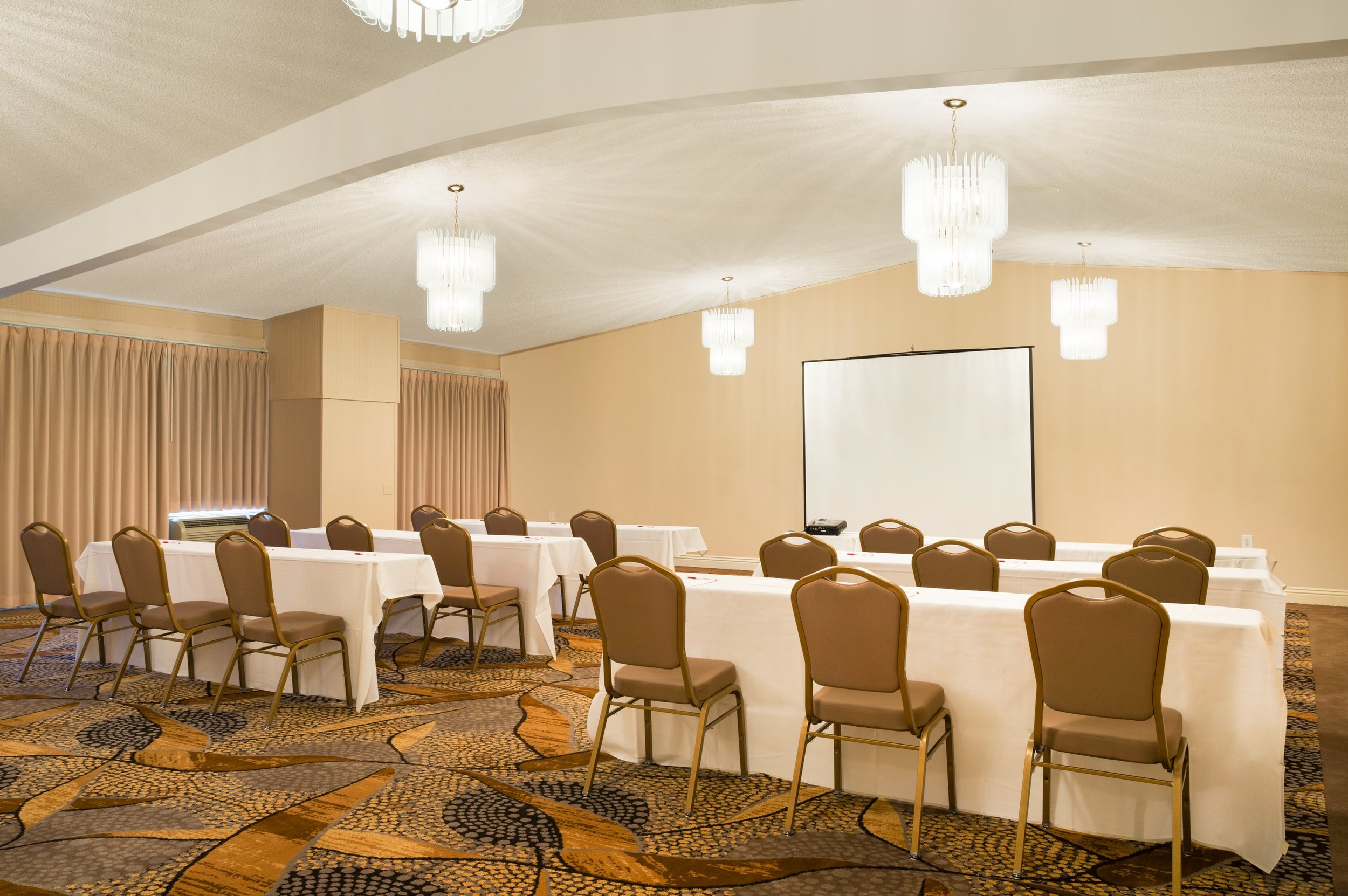 Meeting Rooms - At our Ramada Hotel & Conference Centre, we offer 4 unique meeting venues in San Diego that can accommodate anywhere from 20 to 500 guests. Our large Madeira Room is most commonly used for large conferences and weddings, and can be set up in a range of styles to accommodate your next large event. Our Lisbon Room is slightly smaller and is ideal for a large group meeting. Next, we have the Captain Maury Room, which, at 900 square feet, is ideal for medium sized social and professional gatherings. For an intimate meeting or conference, enjoy our Balboa Room!Learn more about our meeting room sizes here.