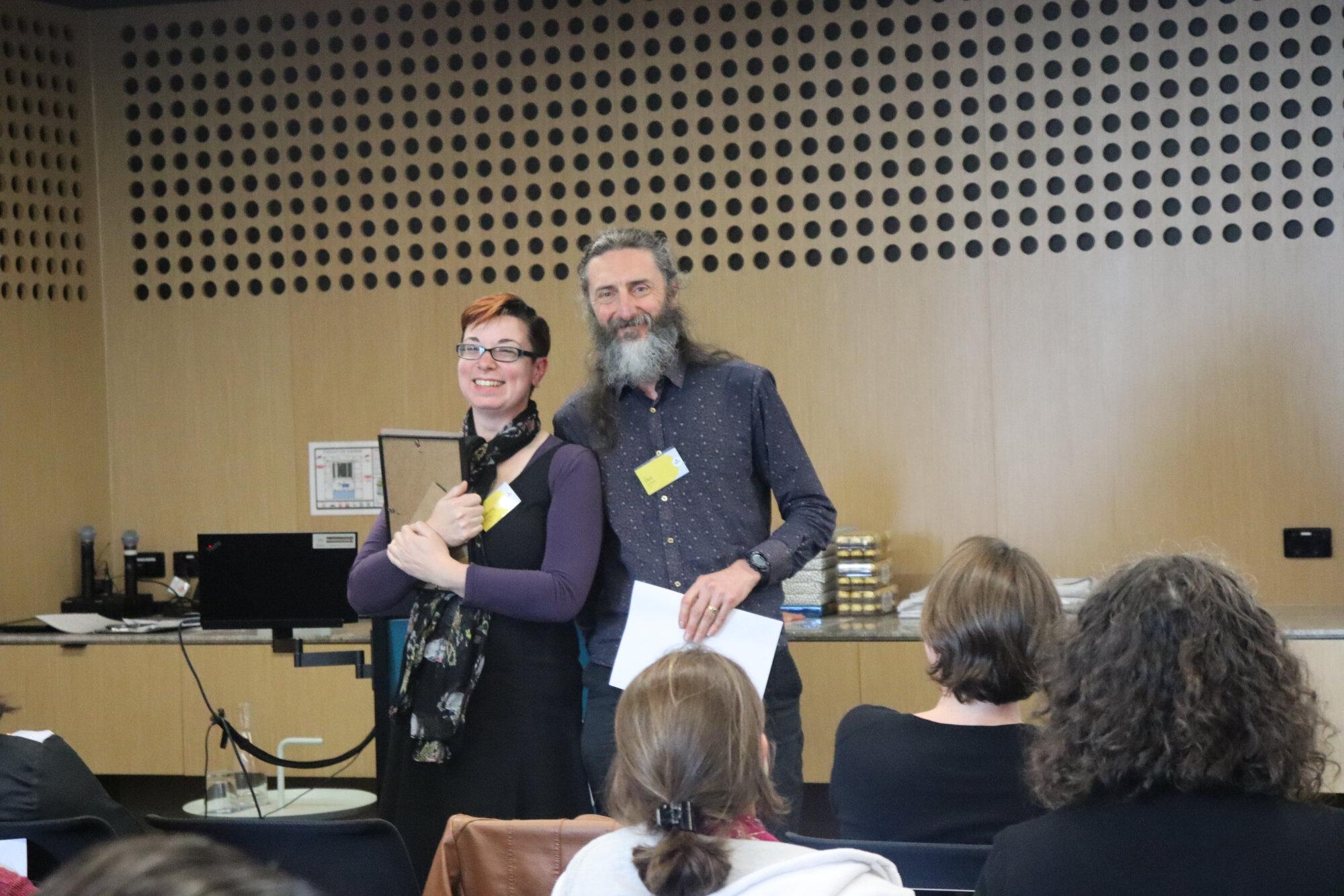 Katrina receiving her award from Prof. Don Driscoll