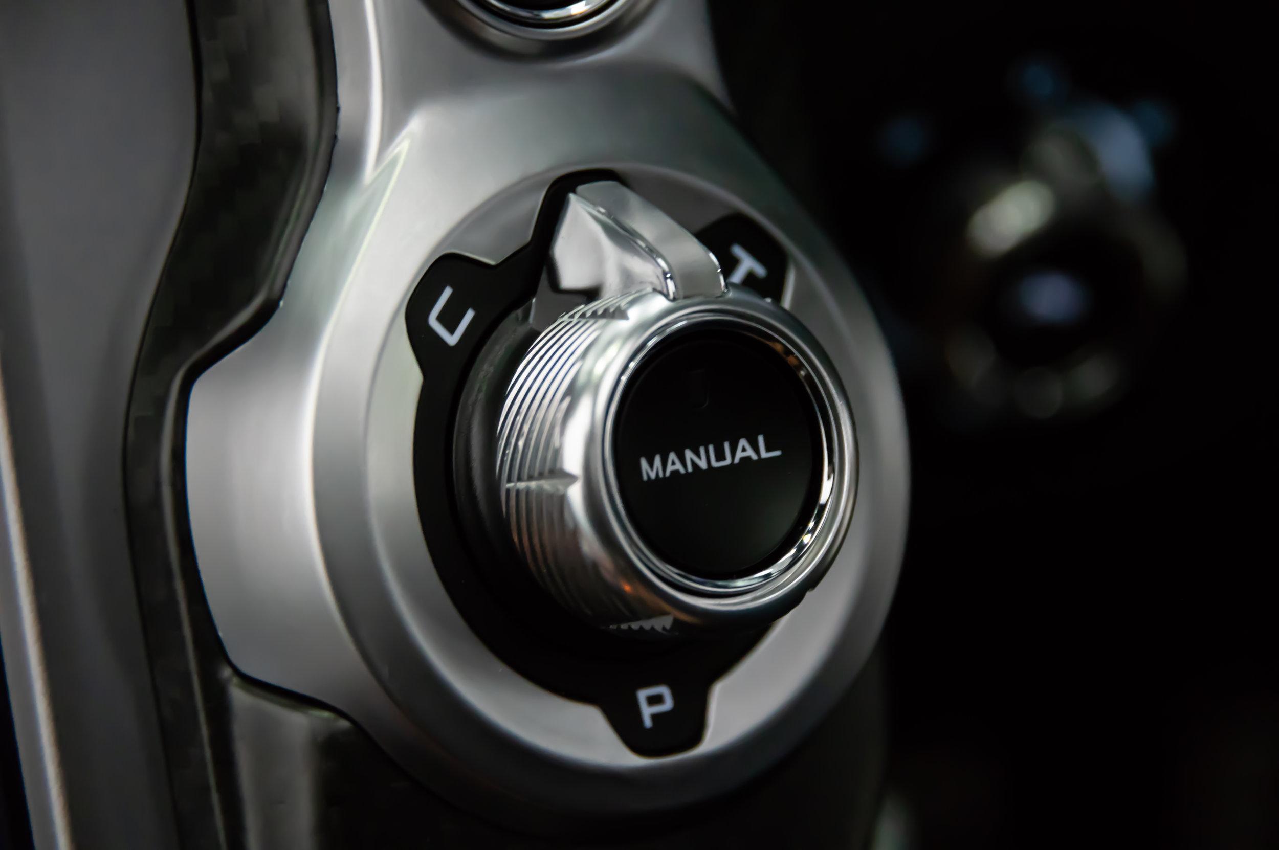 McLaren-720s-Dials.jpg