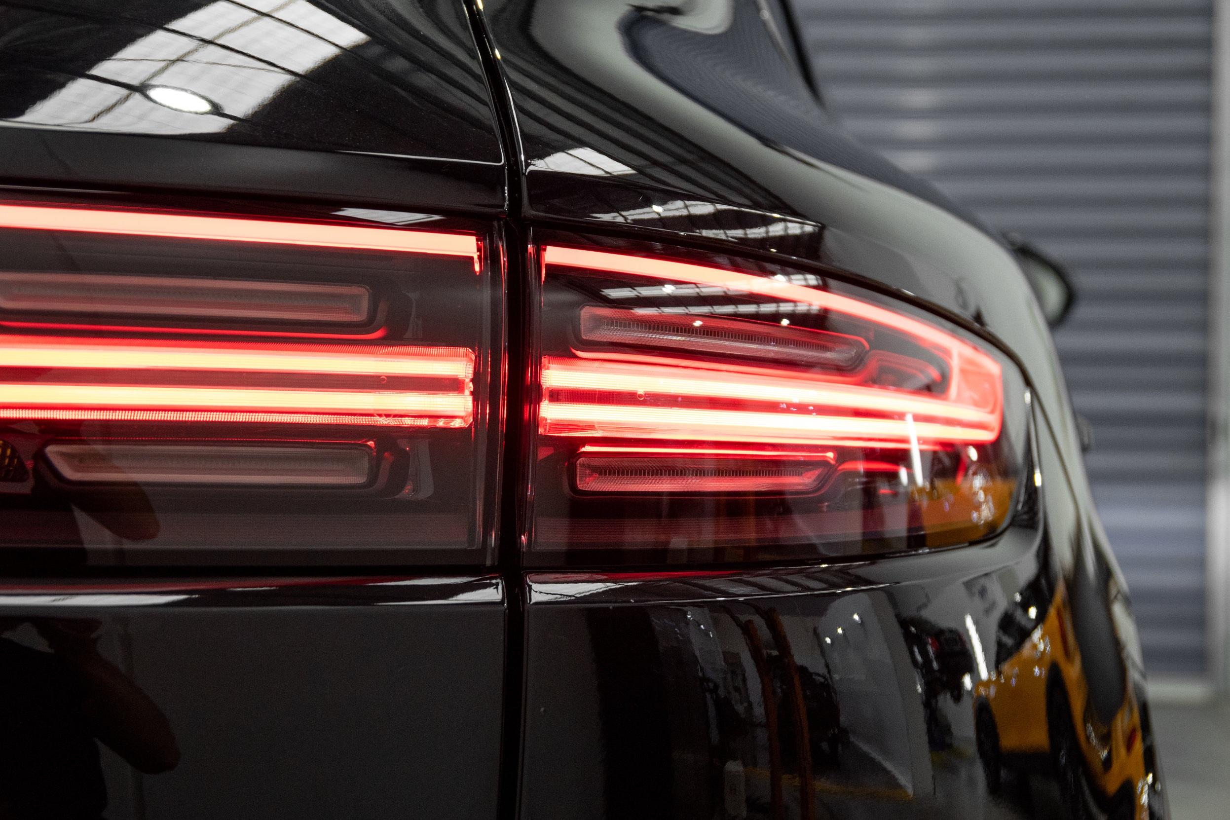 Porsche+Cayenne+Turbo.jpg