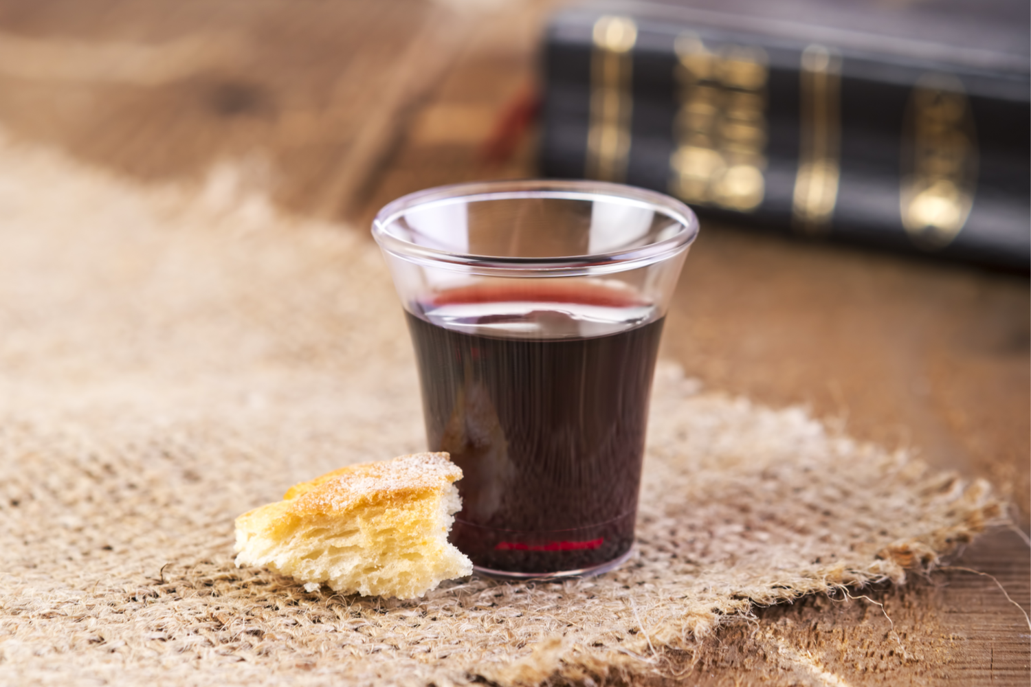 how_to_take_communion_over_finances_600303806.png