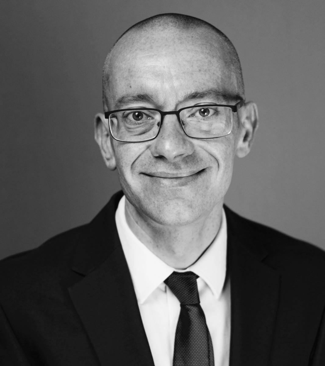 Alex Wakefield BA (Hons) Cert CII ACILA FIFAA  Executive Adjuster, Private Clients McLarens Private Clients