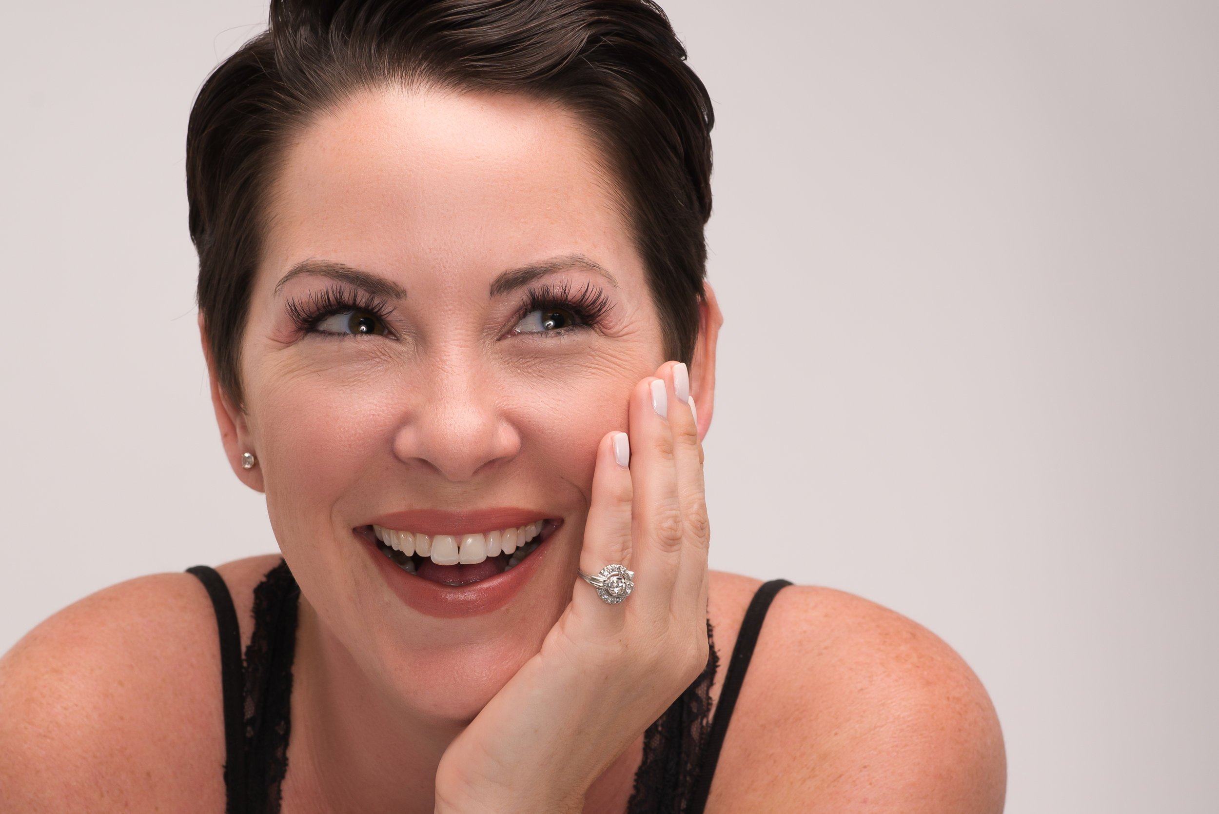 manager salon hair lashes nails social media content