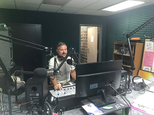 Musician and KRUA Alumni @matthopper & The Roman Candles is back in the studio! Tune in at kruaradio.org #savecollegeradio