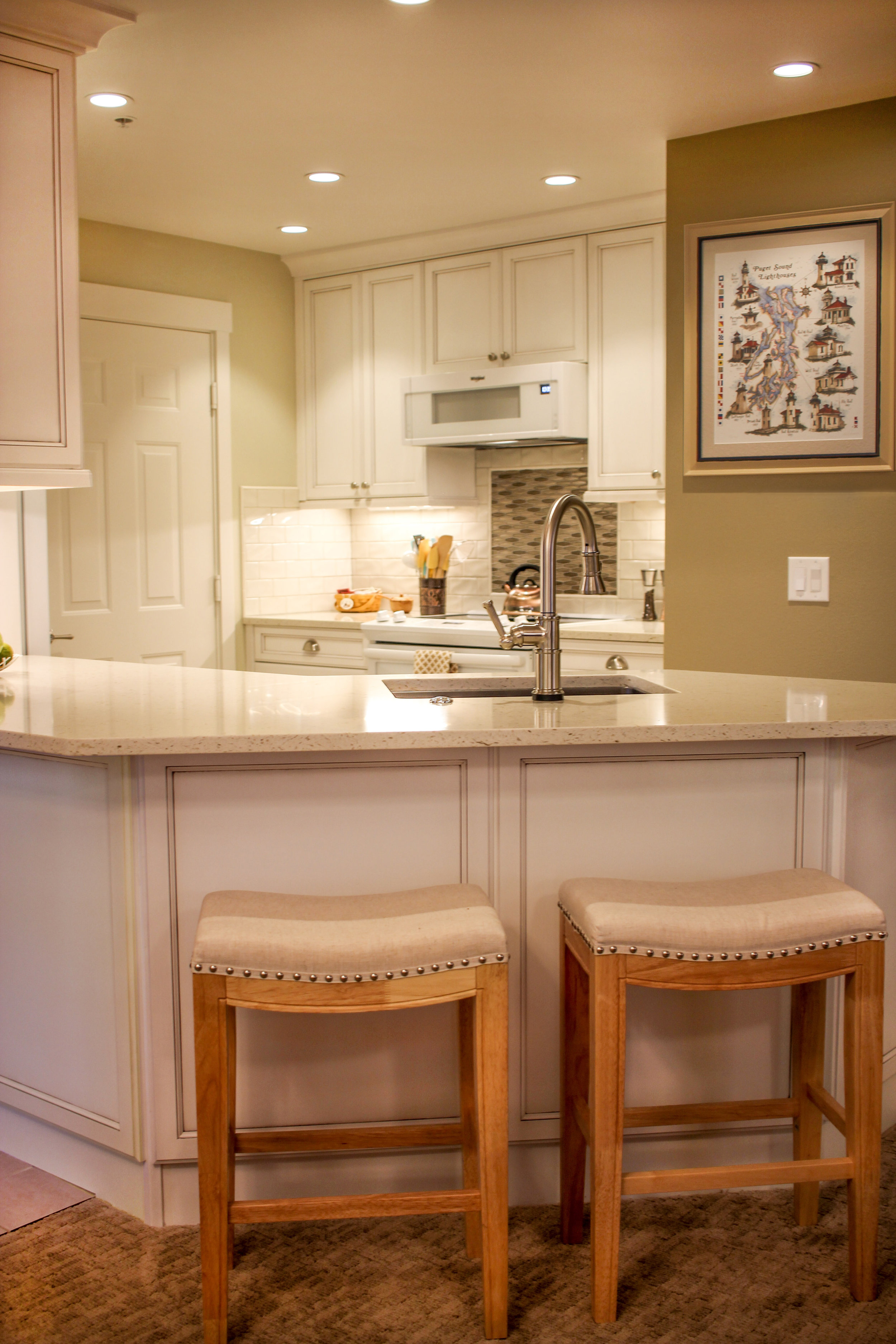 Small Kitchen Overview