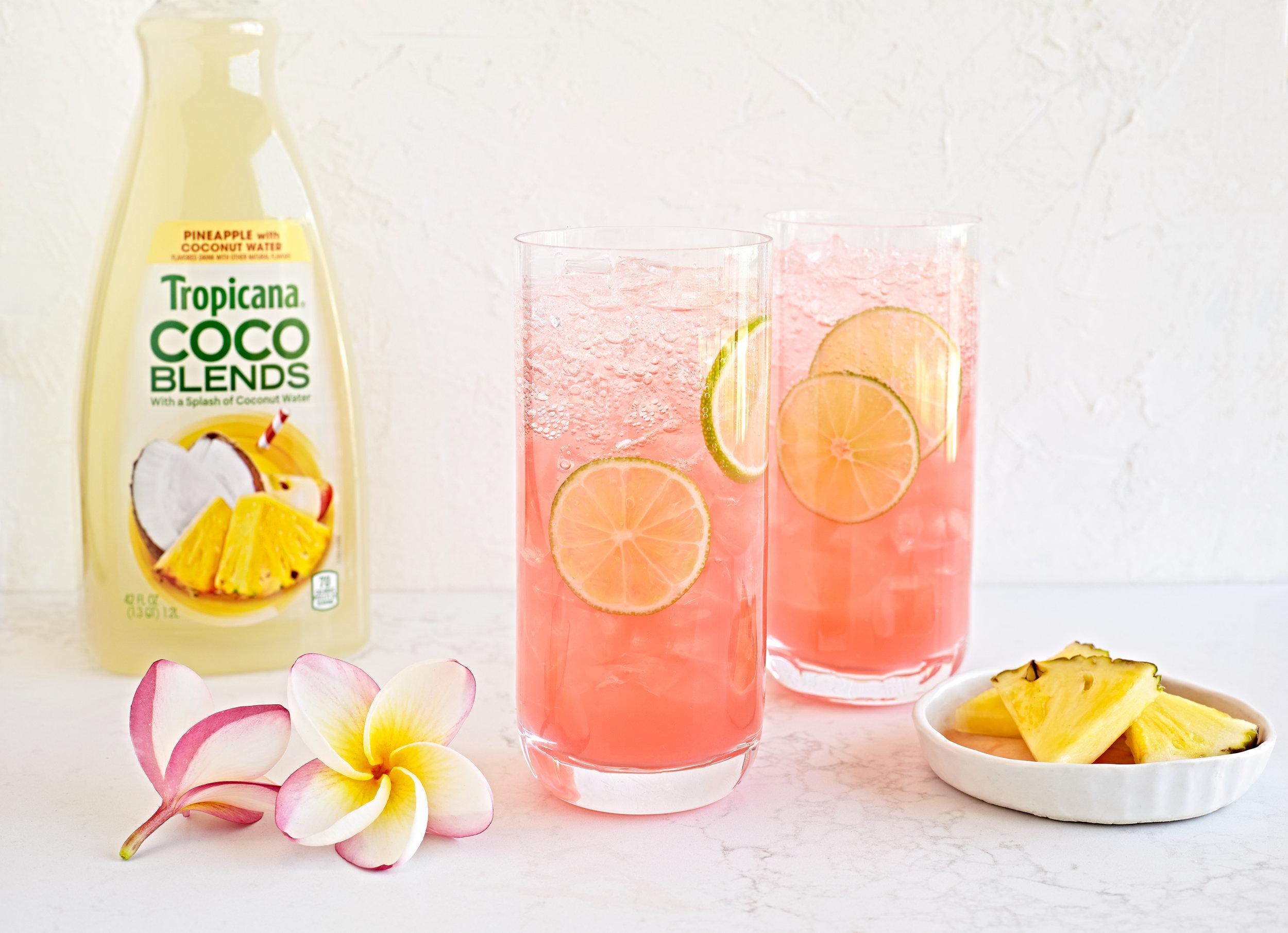 20180619-Tropicana-Cocktails-Easy-Breezy-4430-bottle.jpg