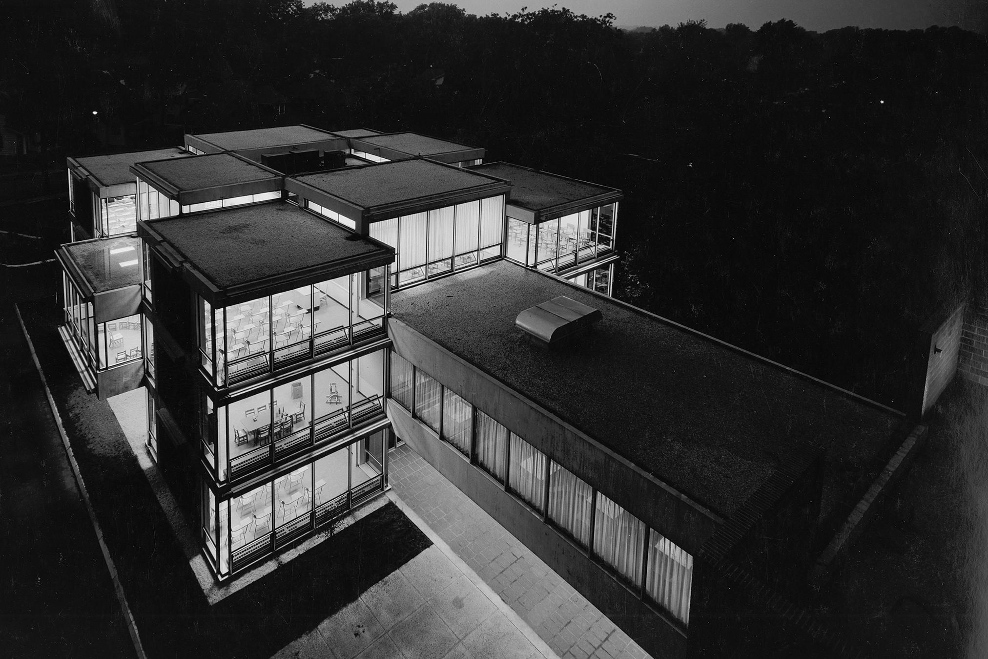 Temple Sharey-Tefilo School (1962)