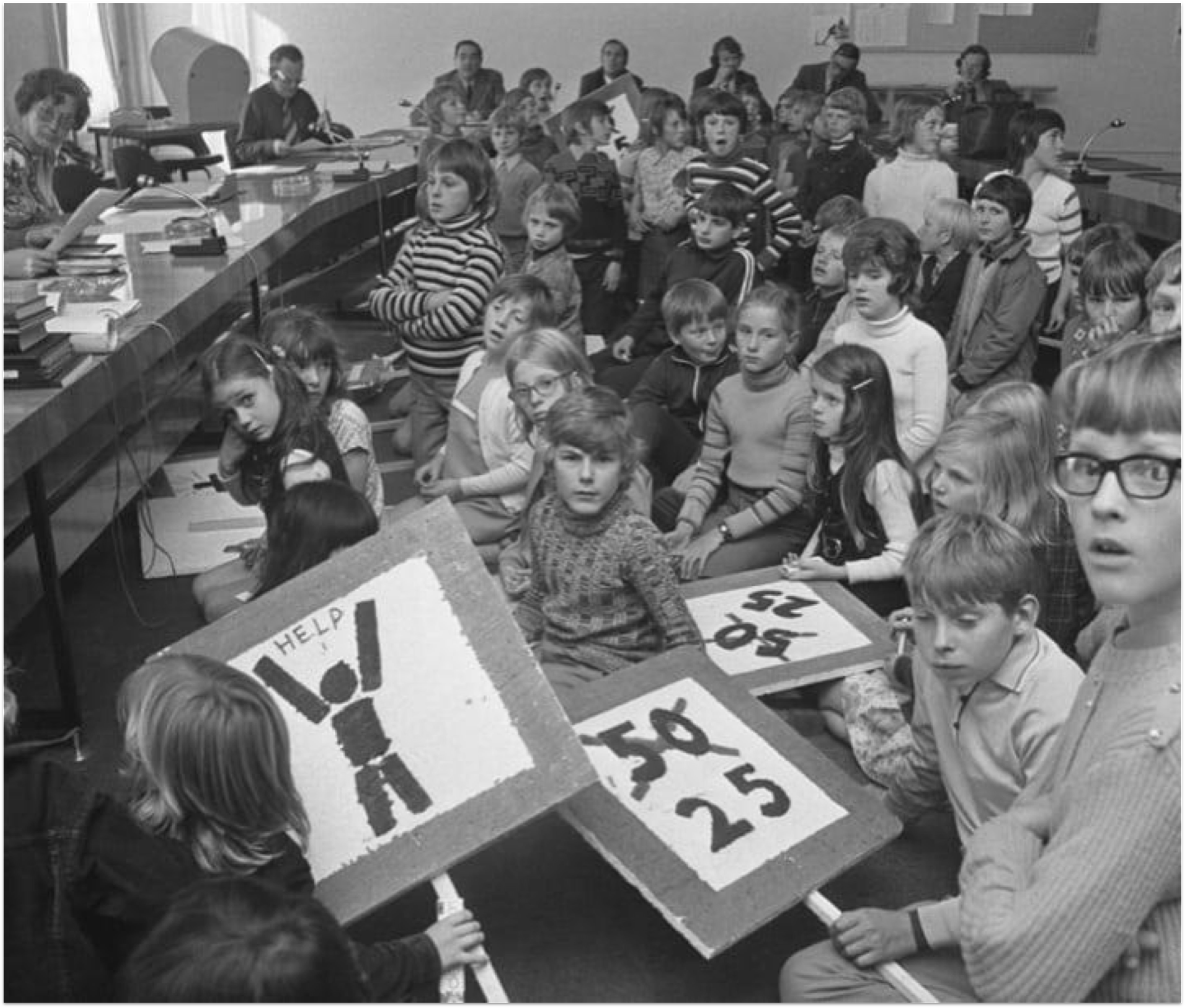 In 1972, more than 400 children in the Netherlands were killed in traffic accidents. These children protested to their elected representatives.
