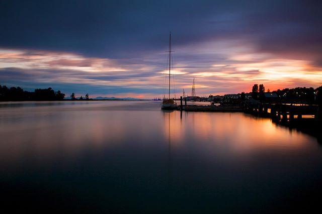 """Long Day's End"" - Canada Day in Steveston 2015. Canon EOS 5D III, 16-35 f/2.8 L.  #steveston #stevestonbc #beautifulbc #canada #canadaday #fraserriver #sunset #sunset_pics #reflection #longexposure #silhouette #canon #canonphotography #planet_earth_shots #5dmarkiii #canon_photos"