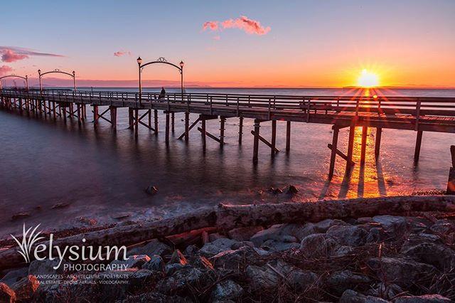 White Rock Pier - home sweet home! Canon EOS 5D III, 16-35 f/4 L  #whiterock #bc #beautifulbc #pier #beach #shoreline #shore #coast #sunset #canon #canon_photos #canonphotography #landscape #seascape
