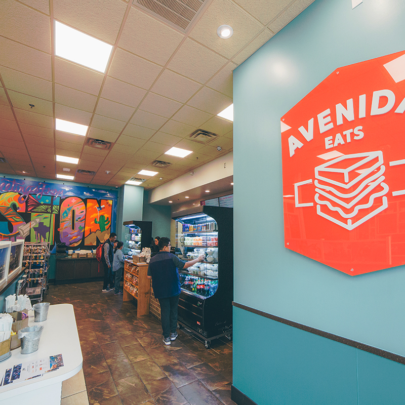 Avenida Eats Displays