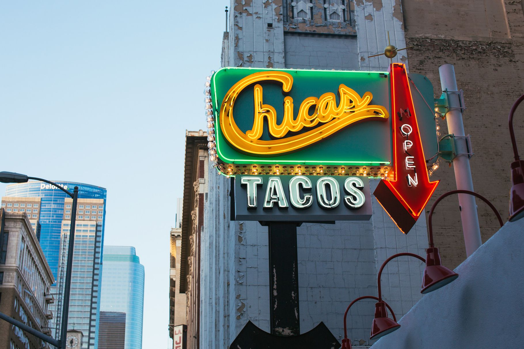 Chicas Tacos Aims to Be Downtown LA's Best New Taco Takeaway Stand - EATER Los Angeles