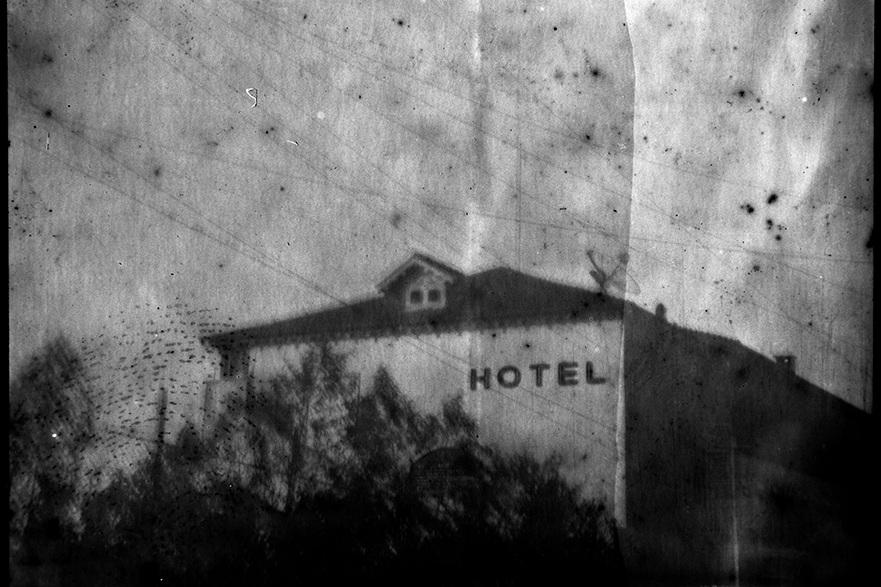 detail-of-hotel-leo-sombra-artboom.jpg