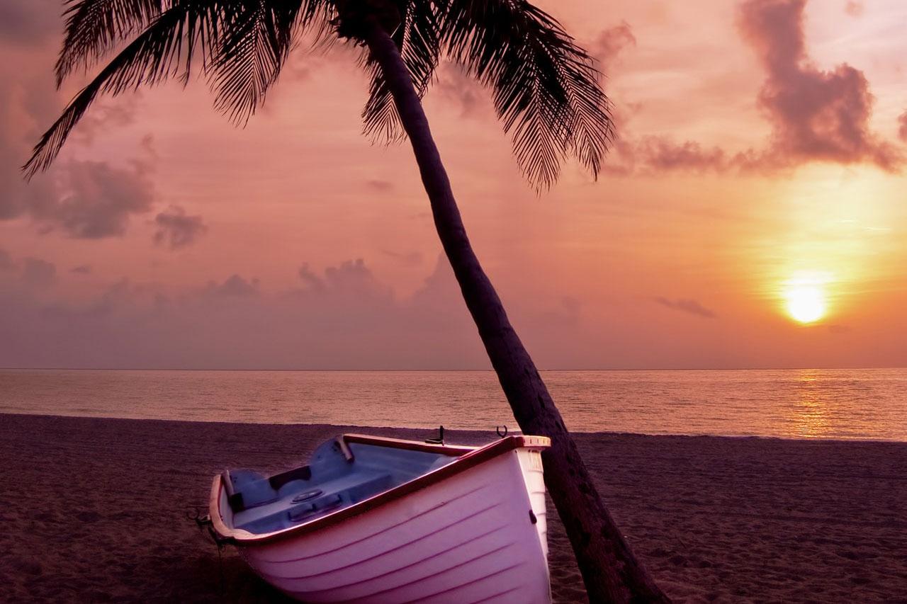 beach-boat-coast-67566.jpg