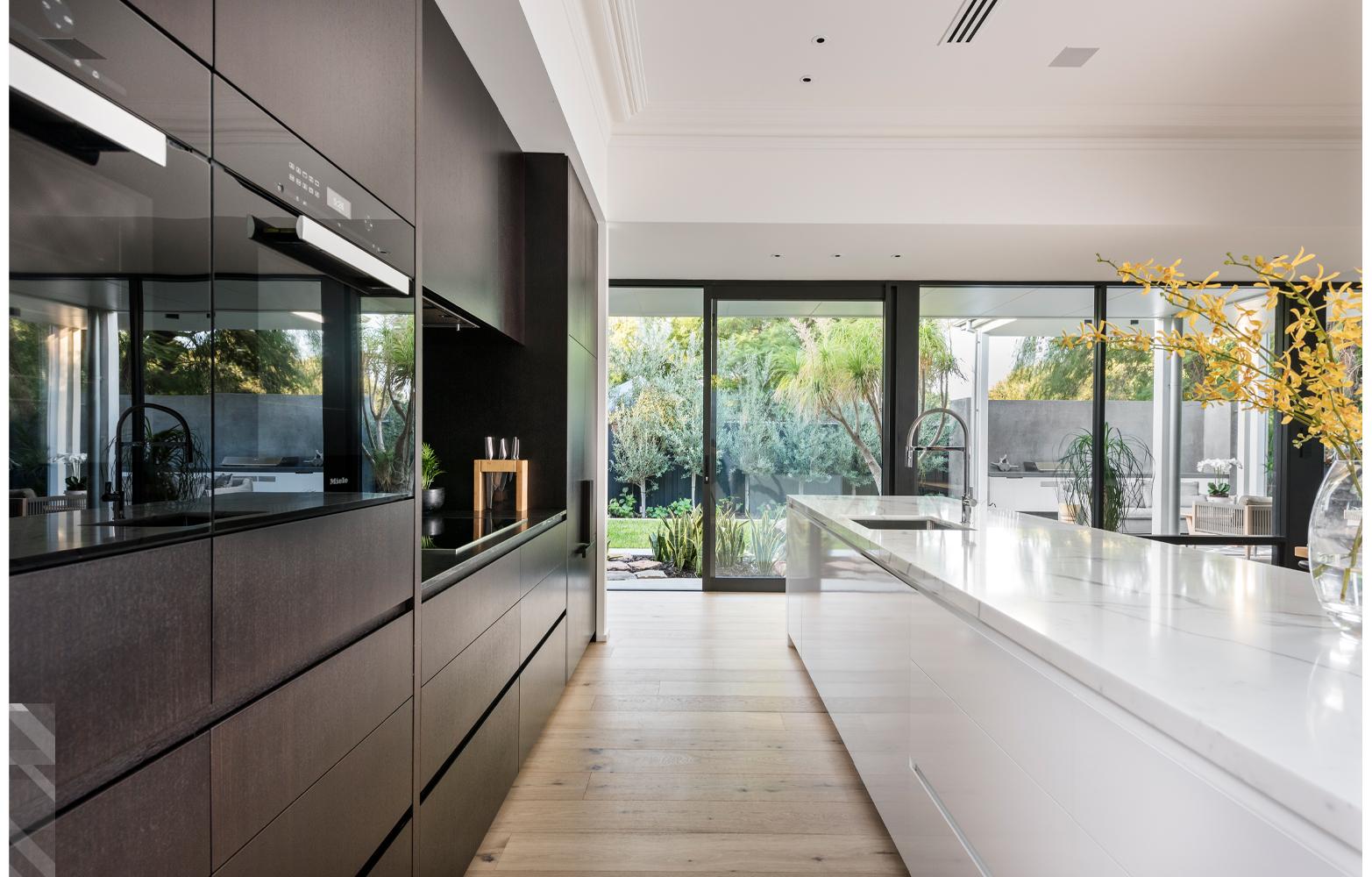 maek-luxury-home-design-inspiration-mosmanpark-27m-gallery-5.jpg