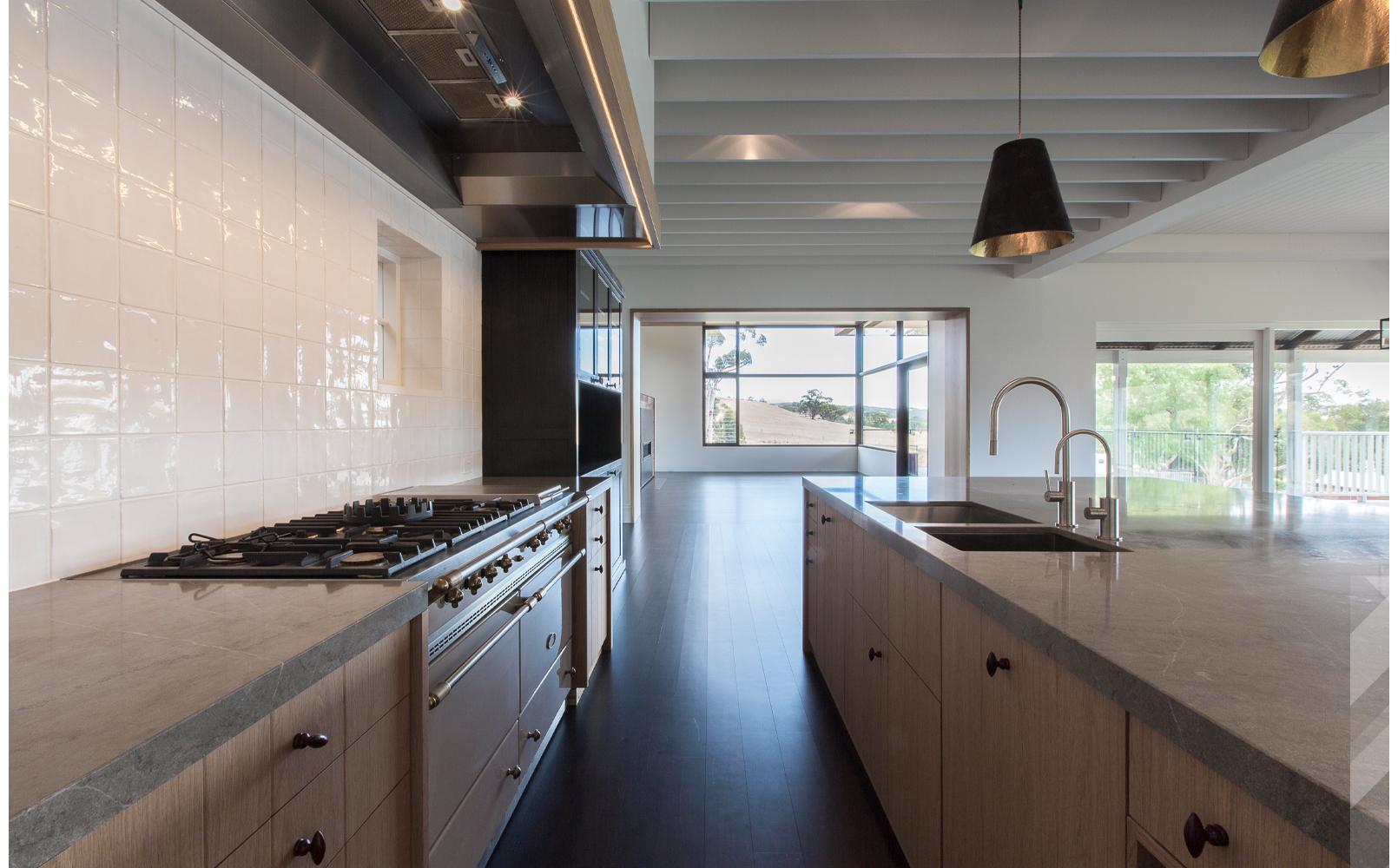 maek-luxury-home-design-inspiration-toodyay-kitchen-gallery-7.jpg