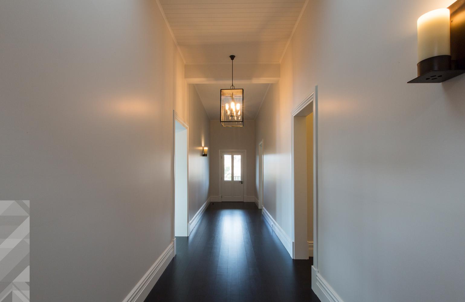 maek-luxury-home-design-inspiration-toodyay-hallway-gallery-8.jpg