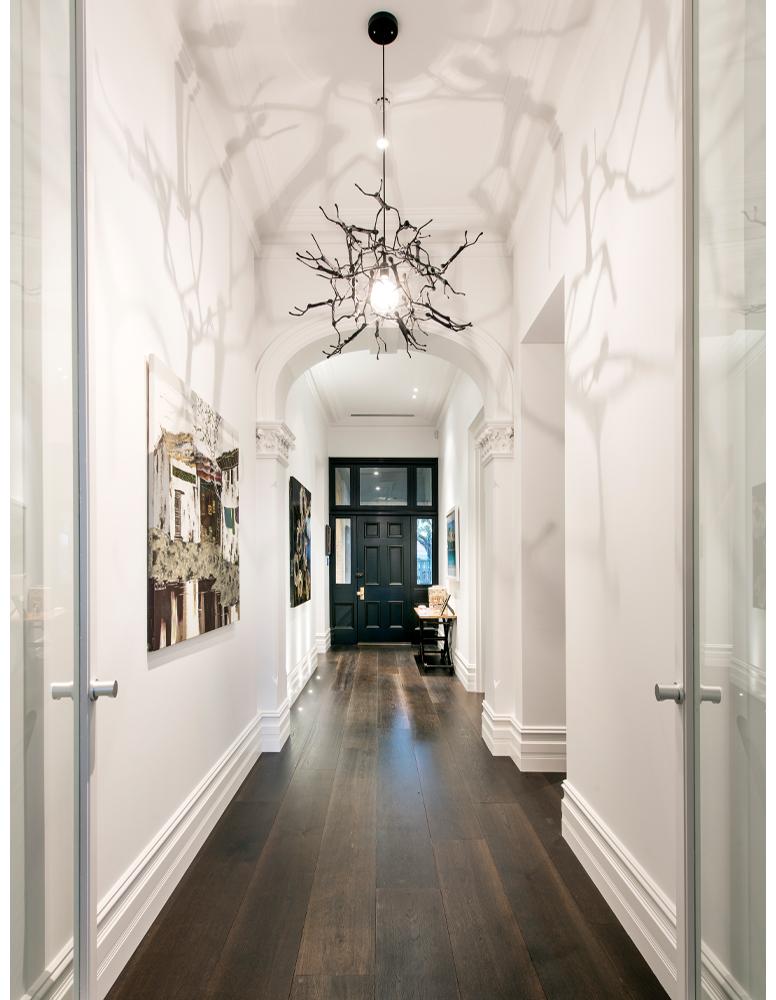 maek-luxury-home-design-inspiration-peppermintgrove-27v-hallway-gallery-1.jpg
