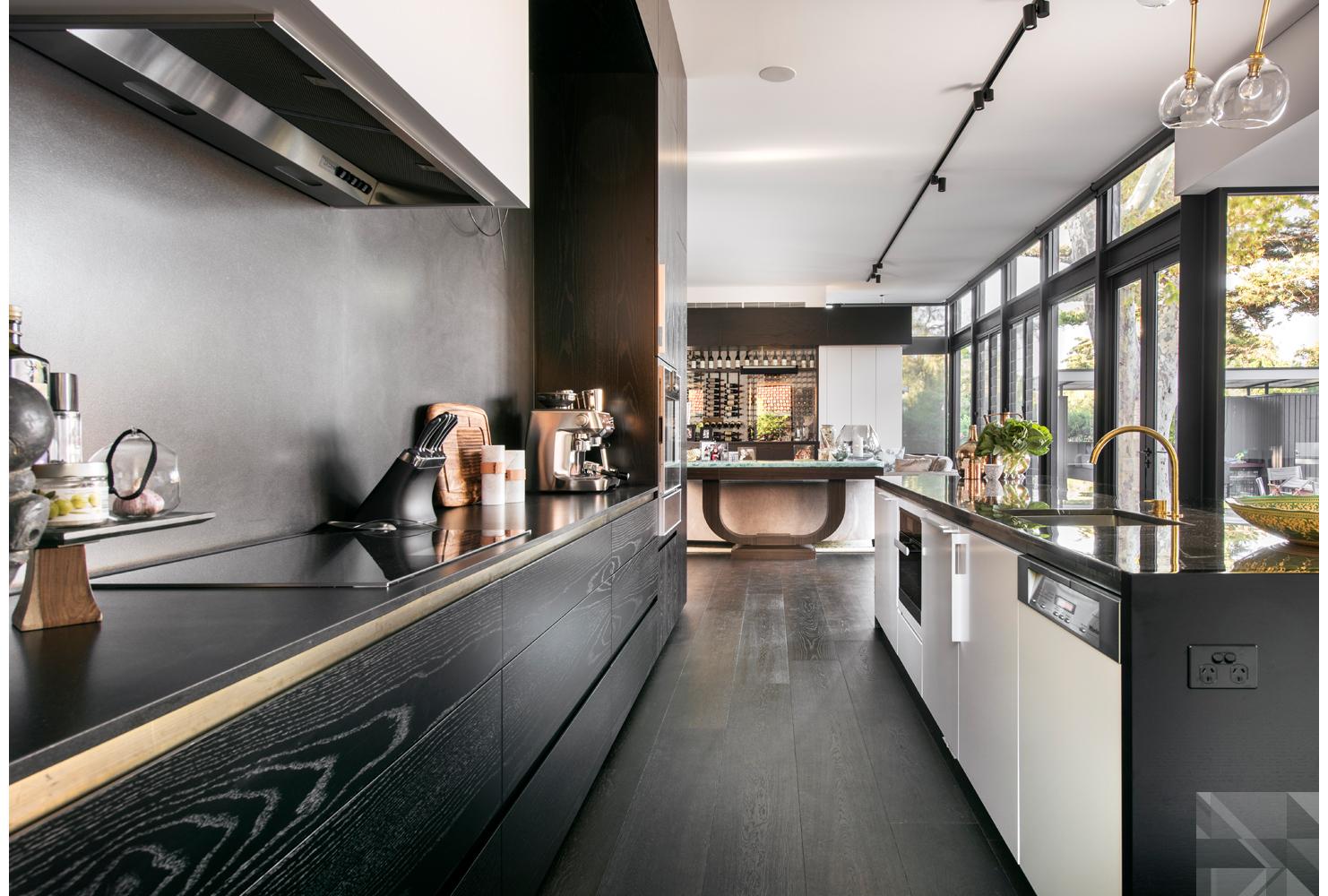 maek-luxury-home-design-inspiration-peppermintgrove-27v-kitchen-gallery-5.jpg