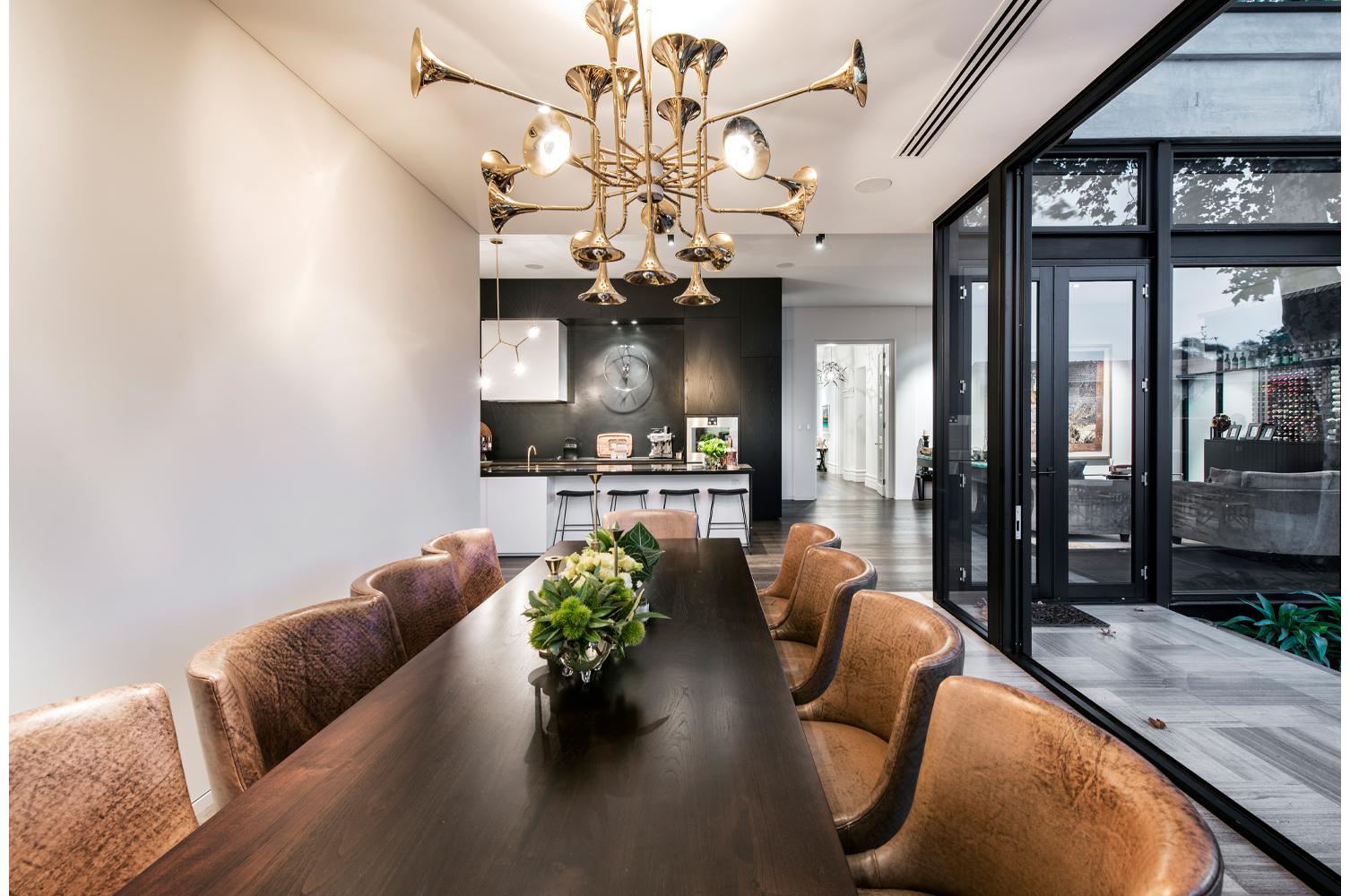 maek-luxury-home-design-inspiration-peppermintgrove-27v-diningroom-gallery-8.jpg