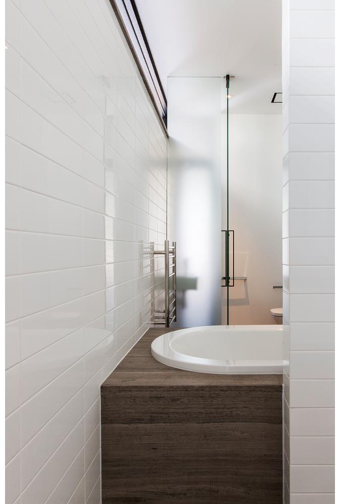 maek-luxury-home-design-inspiration-peppermintgrove-27v-bathroom-gallery-13.jpg