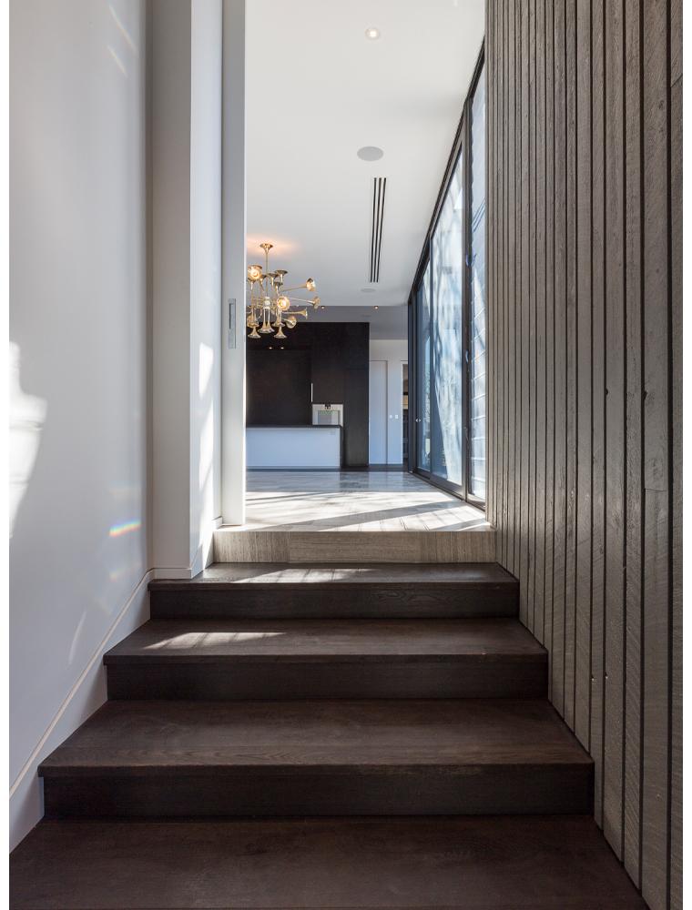 maek-luxury-home-design-inspiration-peppermintgrove-27v-staircase-gallery-15.jpg