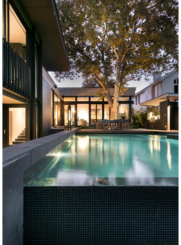 maek-luxury-home-design-inspiration-peppermintgrove-27v-pool-gallery-20.jpg