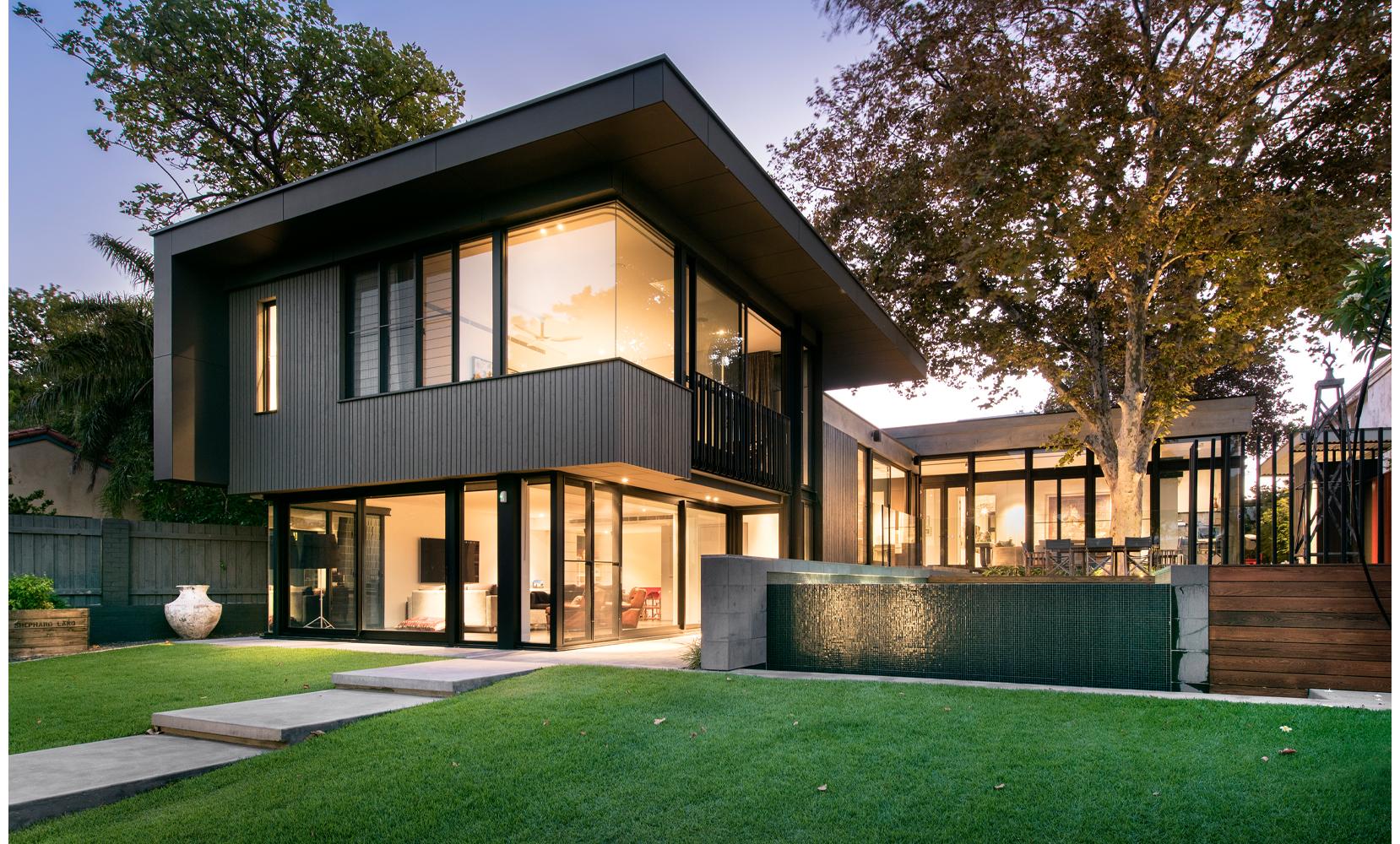 maek-luxury-home-design-inspiration-peppermintgrove-27v-frontexterior-gallery-21.jpg