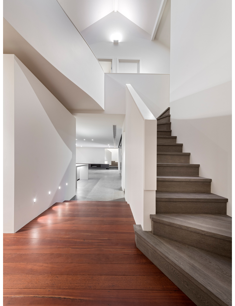 maek-luxury-home-design-inspiration-jolimont-stairway-5.jpg