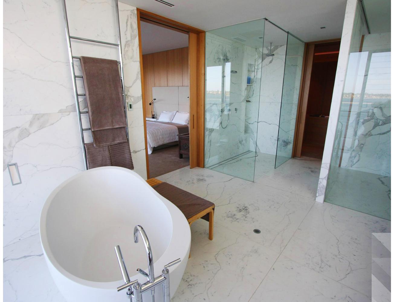 maek-luxury-home-design-inspiration-mosmanpark-bathroom-interior-9.jpg