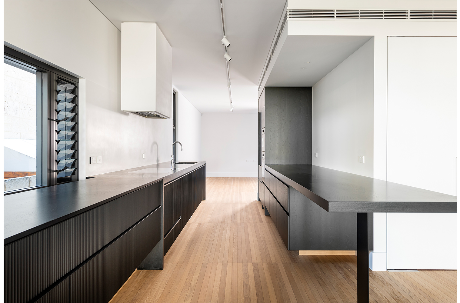 maek-luxury-home-design-inspiration-mosman-park-kitchen-7.jpg
